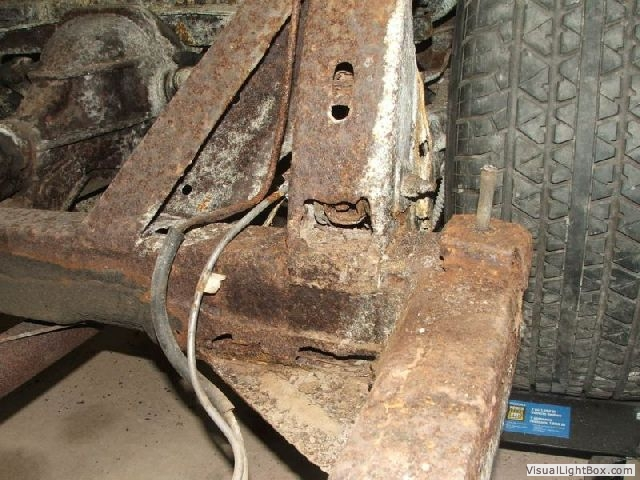 C3 Corvette Rust Issues and Frame and Body Corrosion Problems on a ...
